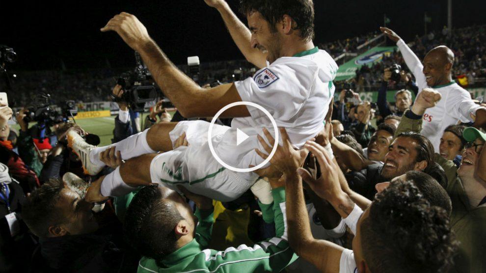 Raúl González jugó su último partido (Reuters)