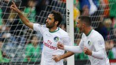 Raúl González juega su último partido (Reuters)