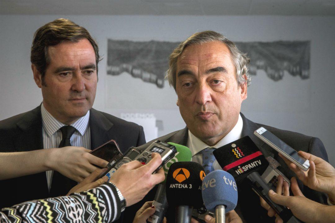 Juan Rosell y Antonio Garamendi (Foto: EFE).