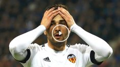 Barragán se lamenta de una acción durante el partido ante el Gent (Reuters)