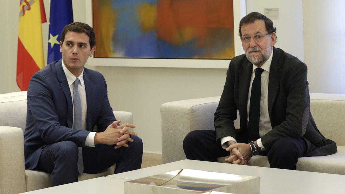 Albert Rivera y Mariano Rajoy, en La Moncloa. (Foto: EFE)