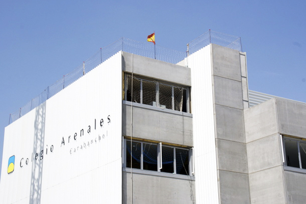 Fachada del colegio Arenales. (Foto: Colegio Arenales)