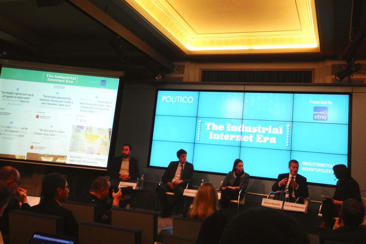 Representantes de la Comisión y el Parlamento Europeo en un evento de Politico (Foto: Fernán González)