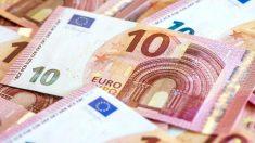 Billetes de diez euros. (Foto: EFE)