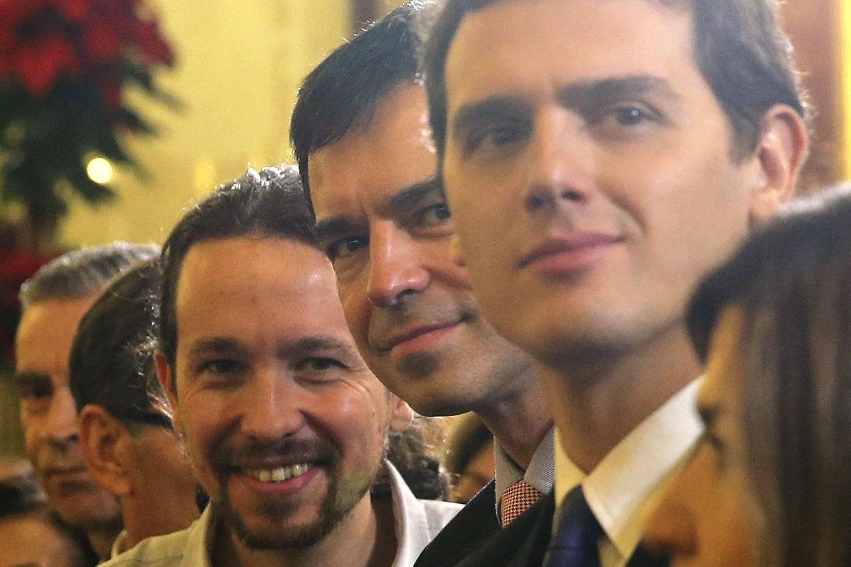 Pablo Iglesias (Podemos), Andrés Herzog (UPyD) y Albert Rivera (Ciudadanos), durante el acto del Día de la Constitución (Foto: Efe)