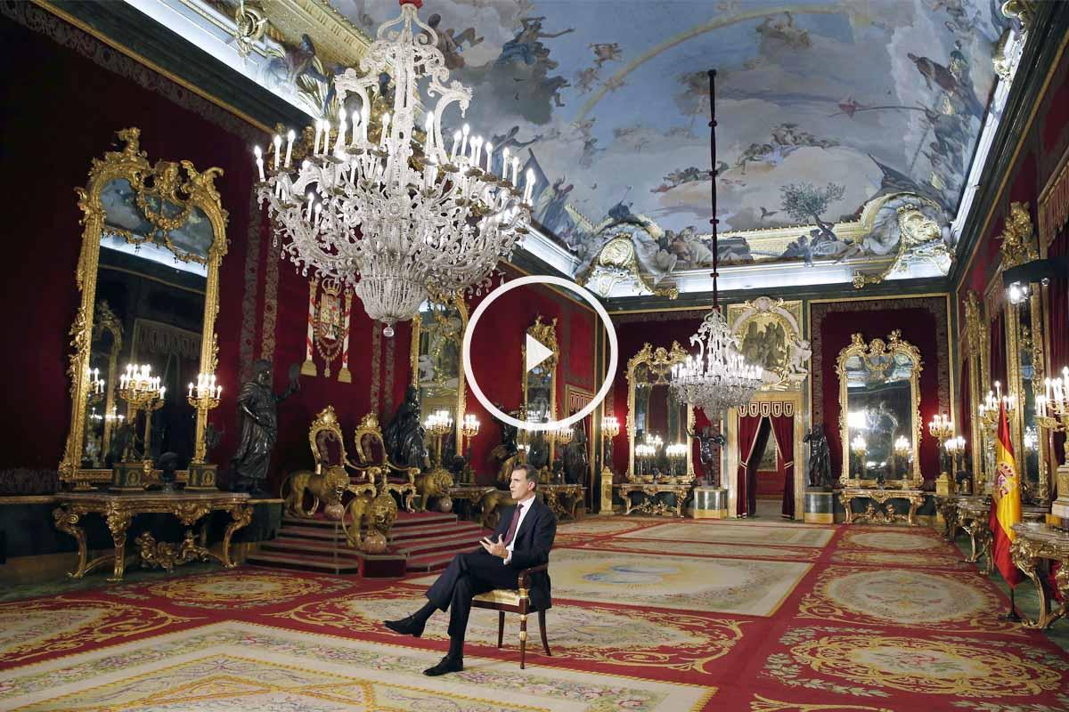 Panorámica del Rey durante su discurso en el Palacio Real. (Foto: EFE)