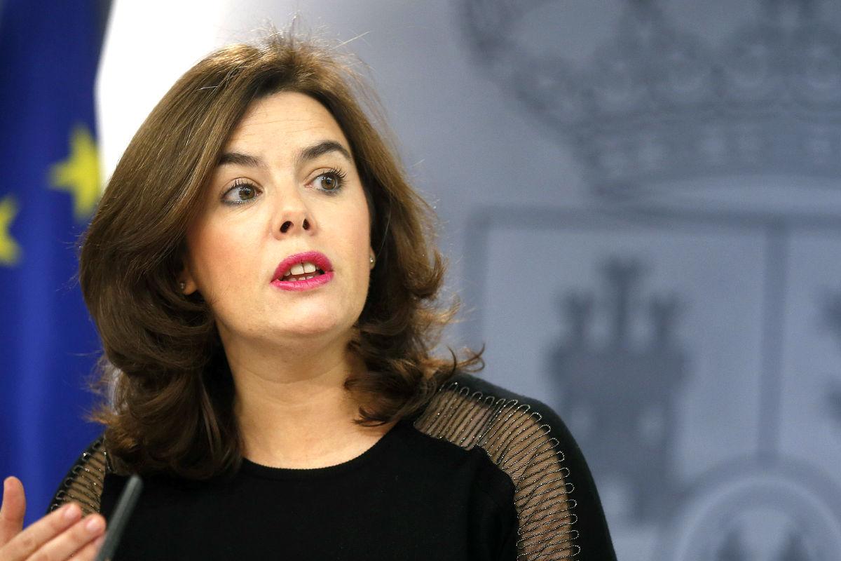 Soraya Sáenz de Santamaría en la rueda de prensa posterior al Consejo de Ministros. (FOTO:EFE)