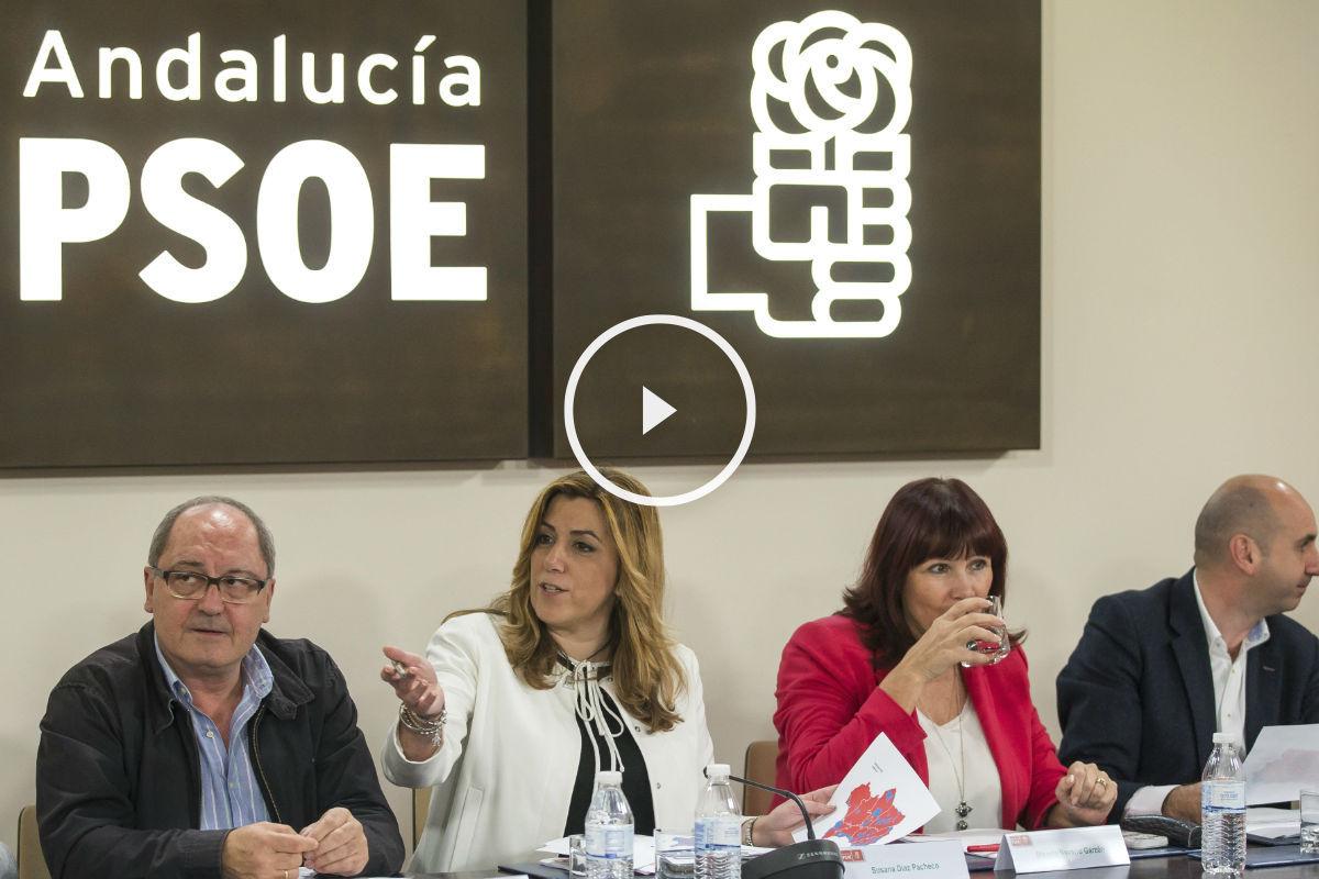 usana Díaz en una reunión del PSOE-A. (Foto: EFE)