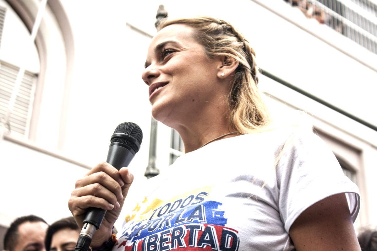 Lilian Tintori en un acto a favor de la liberación de presos políticos. (FOTO: Prensa Lilian Tintori)