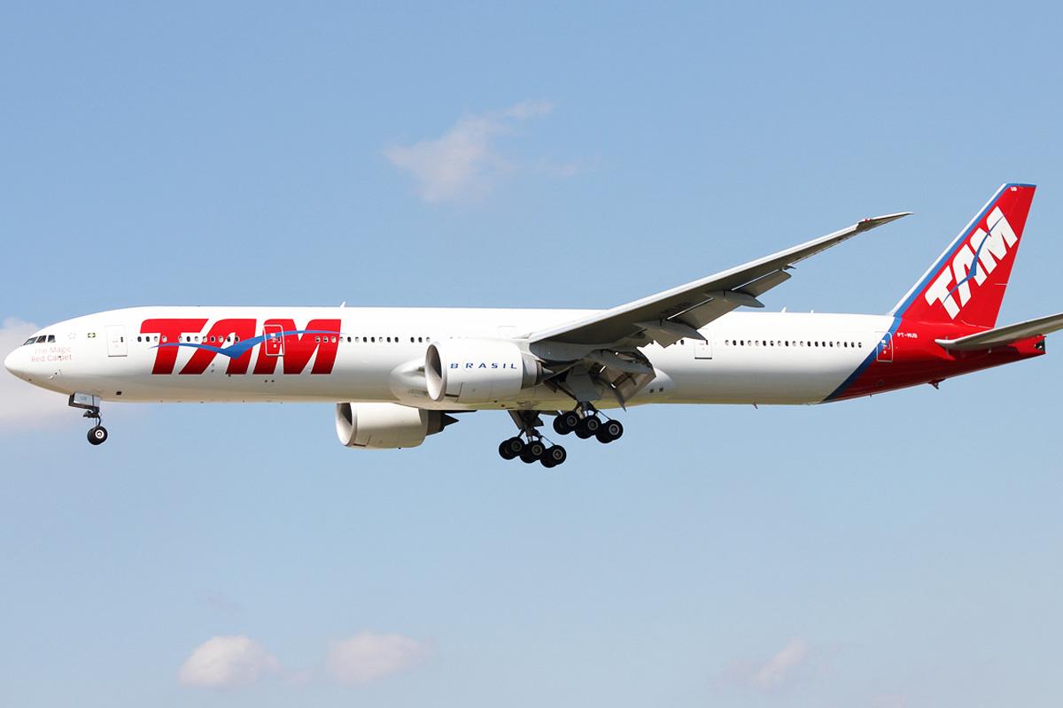 Boeing 777 como el que ha tenido que regresar a Madrid por una amenaza (Flightspotters.com)