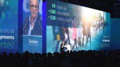 El presidente de Telefónica, César Alierta, en la presentación del nuevo plan estratégico.