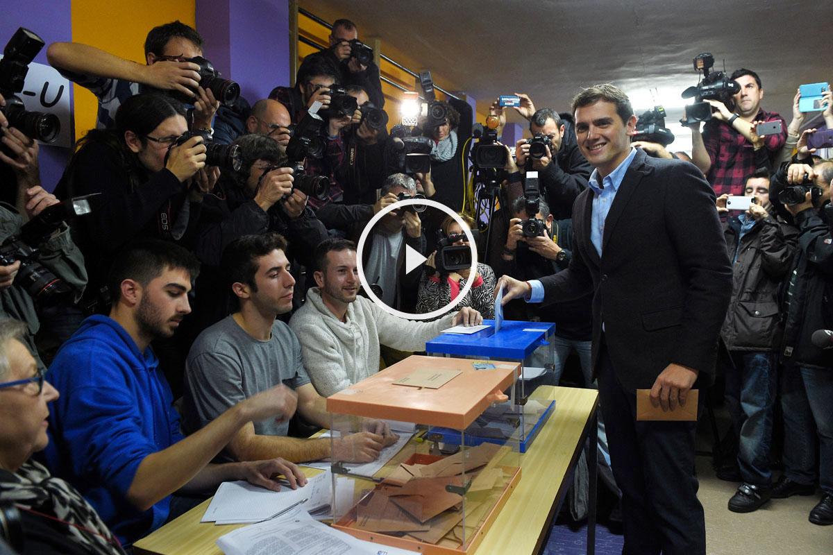 Albert Rivera ha votado en Barcelona. (Foto: EFE)