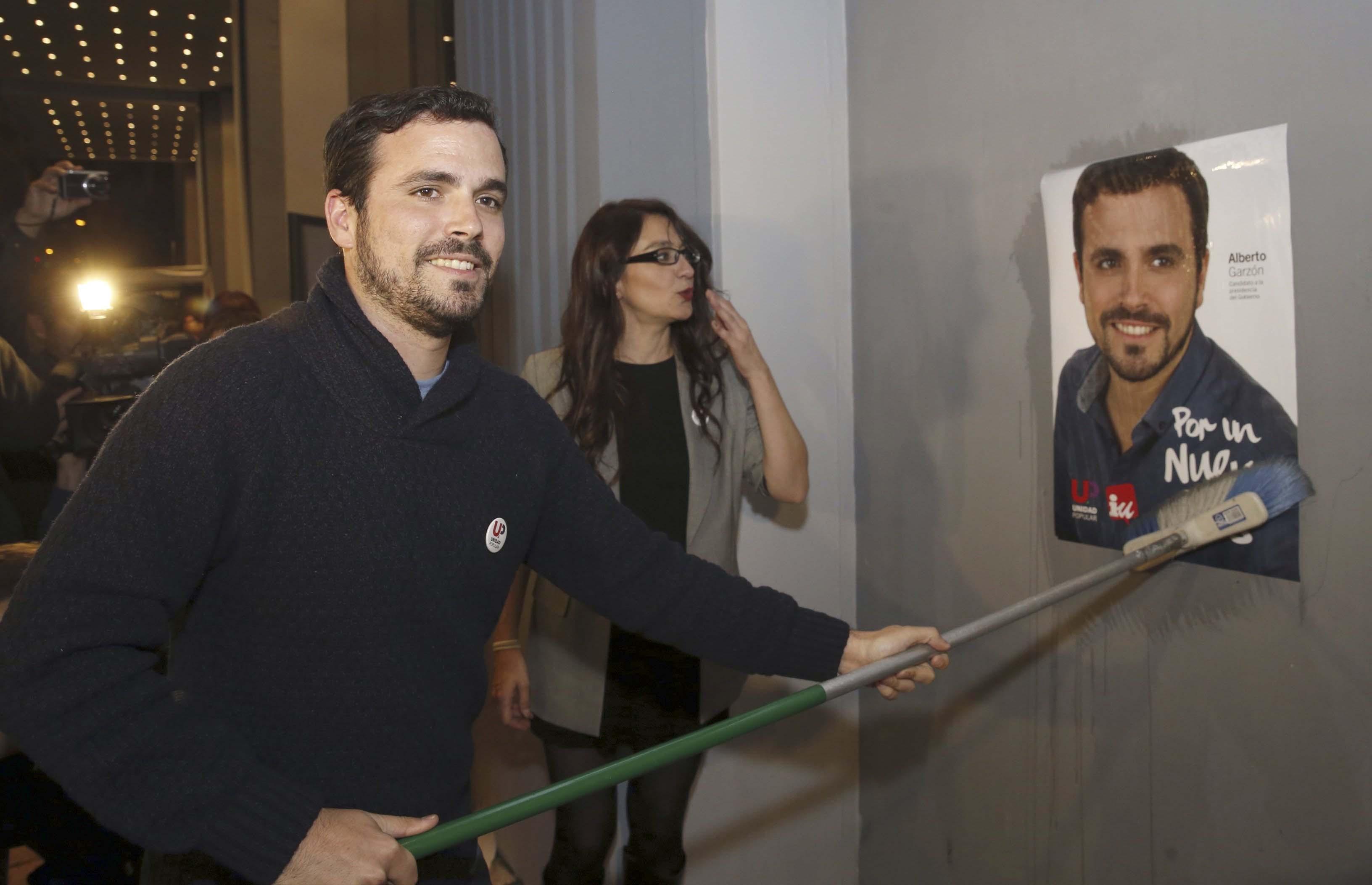 Alberto Garzón inicia campaña en Madrid. (Foto: AFP)