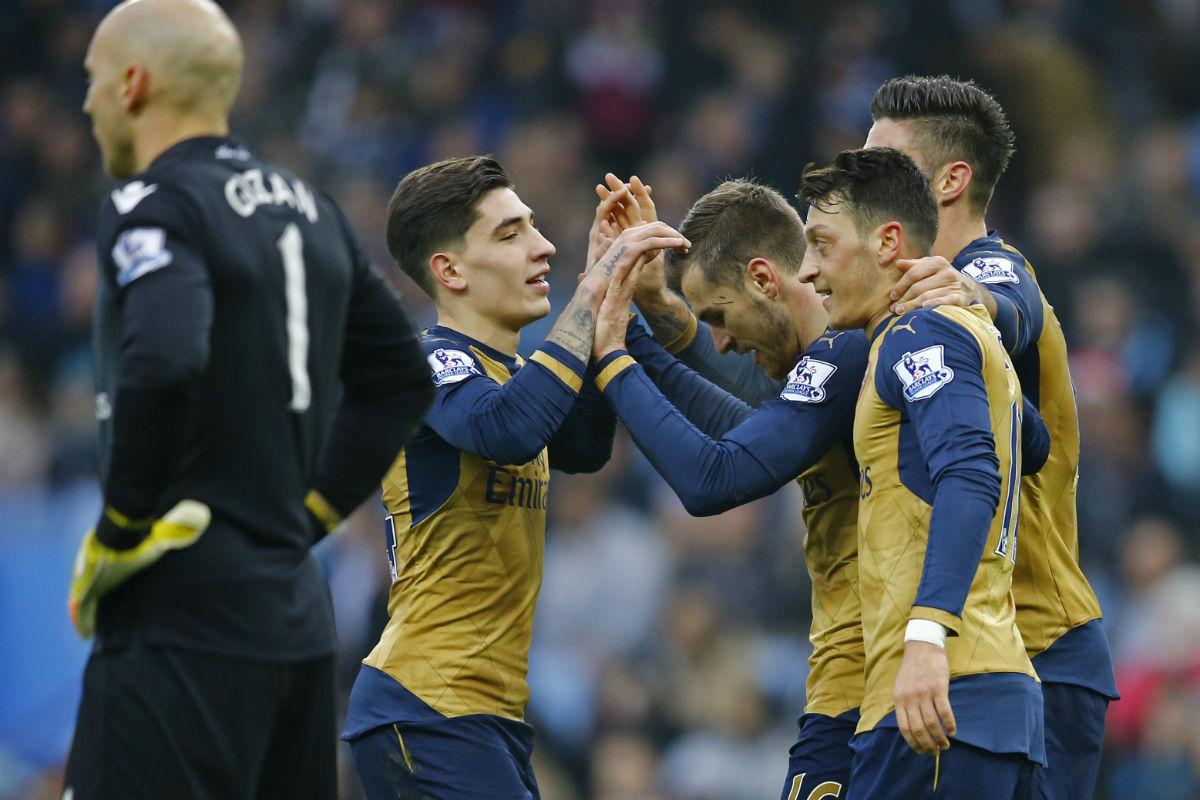 El Arsenal ganó al Aston Villa (Reuters)
