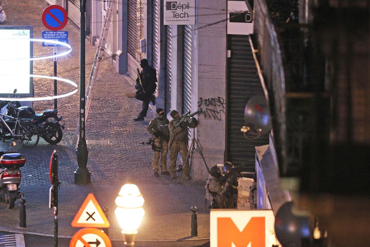 Bruselas, tomada por la policía y el ejército desde los atentados de París. (Foto: AFP)