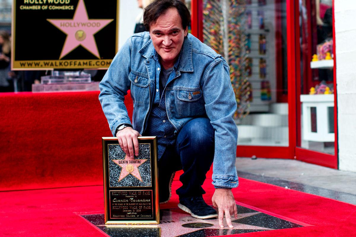 El director de cine Quentin Tarantino al recibir su estrella en el Paseo de la Fama. (Foto: Getty)