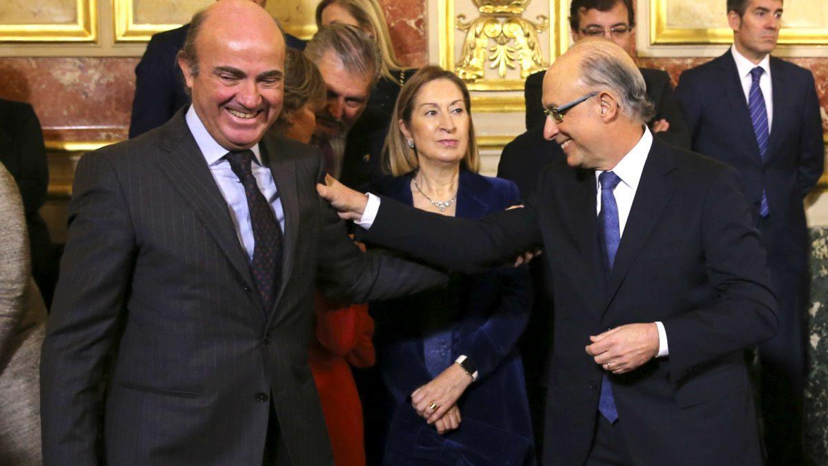 Luis de Guindos, Ana Pastor y Cristóbal Montoro (Foto: Efe).