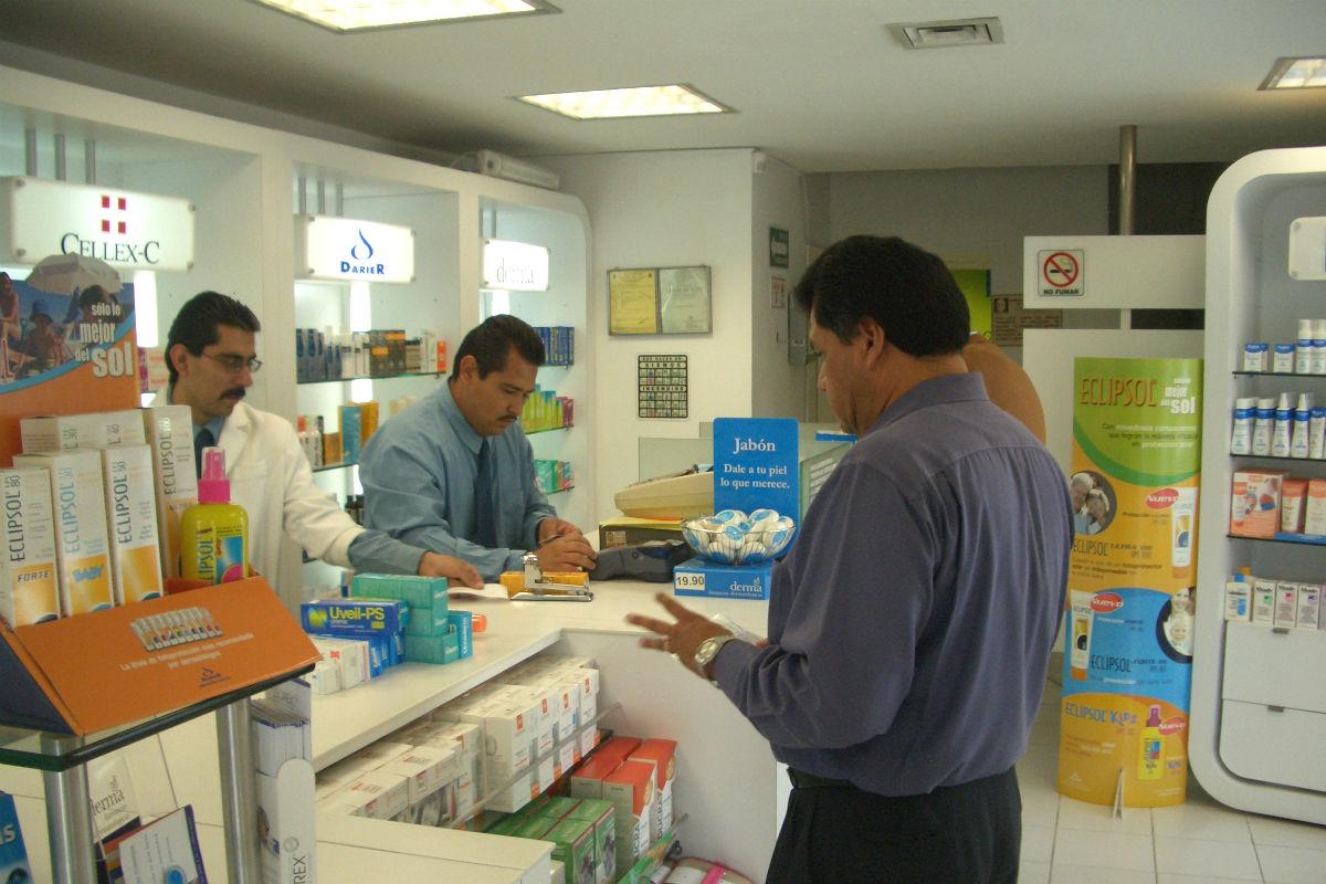Oficina de farmacia (Foto: Eliazar Parra, con licencia CC BY 2.0).