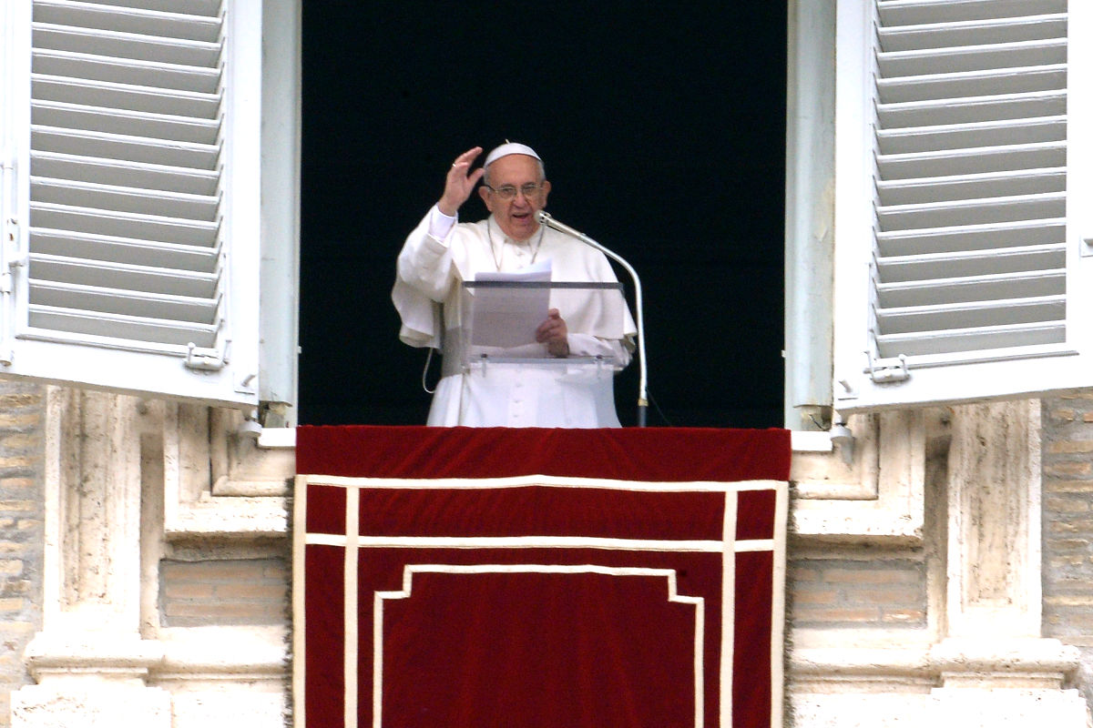 El Papa Francisco durante el Angelus de este domingo (Foto: AFP).