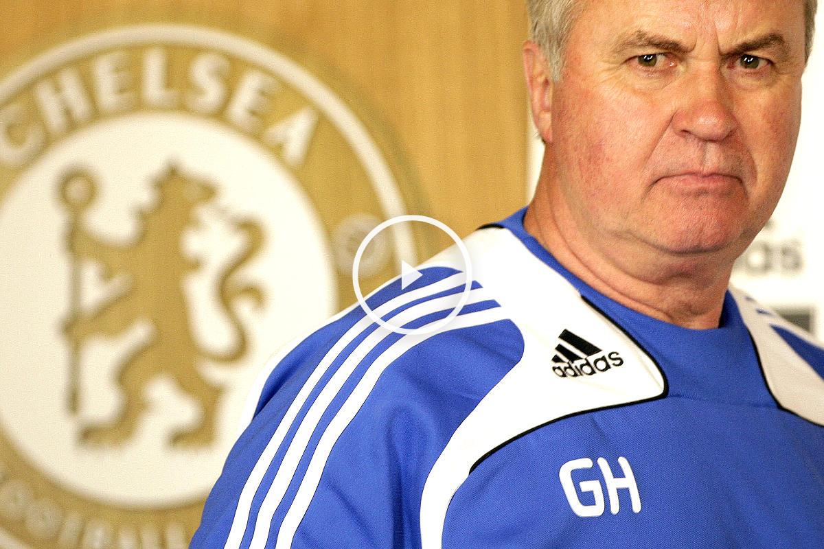Guus Hiddink durante su última etapa en el Chelsea (AFP)