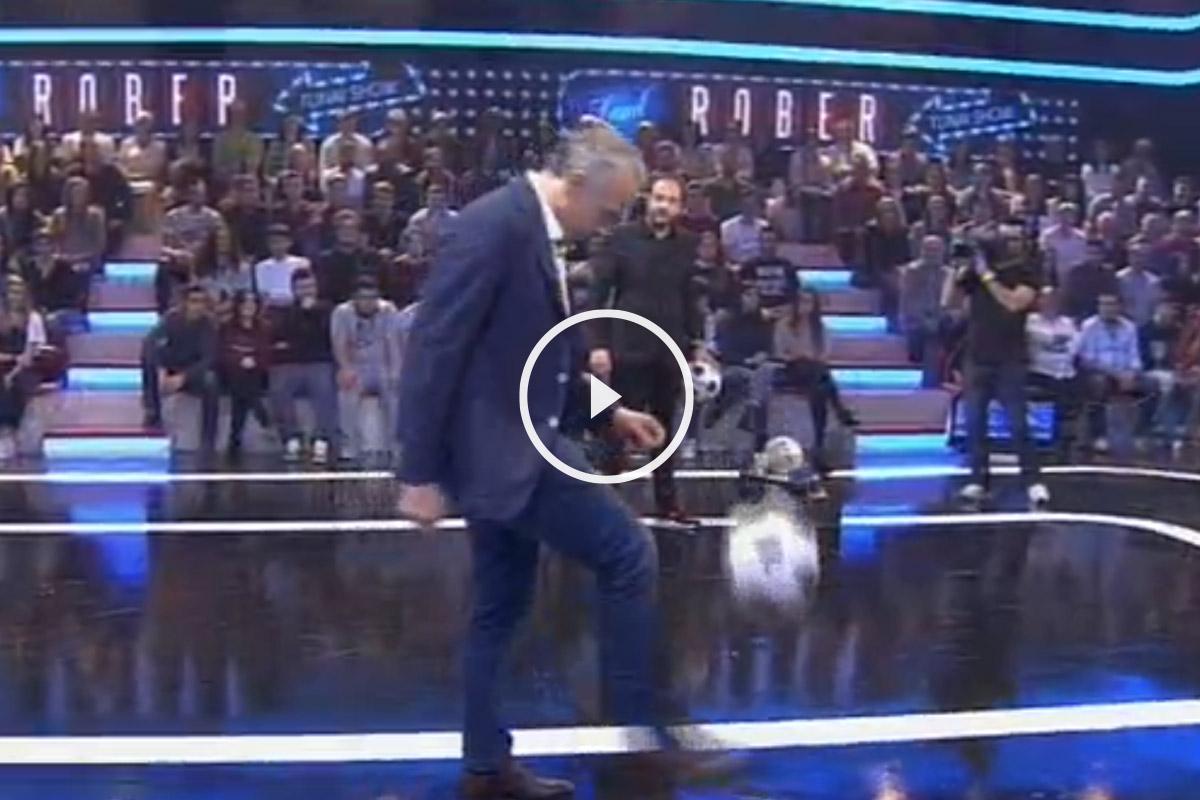 Eduardo Inda da unos toques en el programa estrella de la televisión gallega.