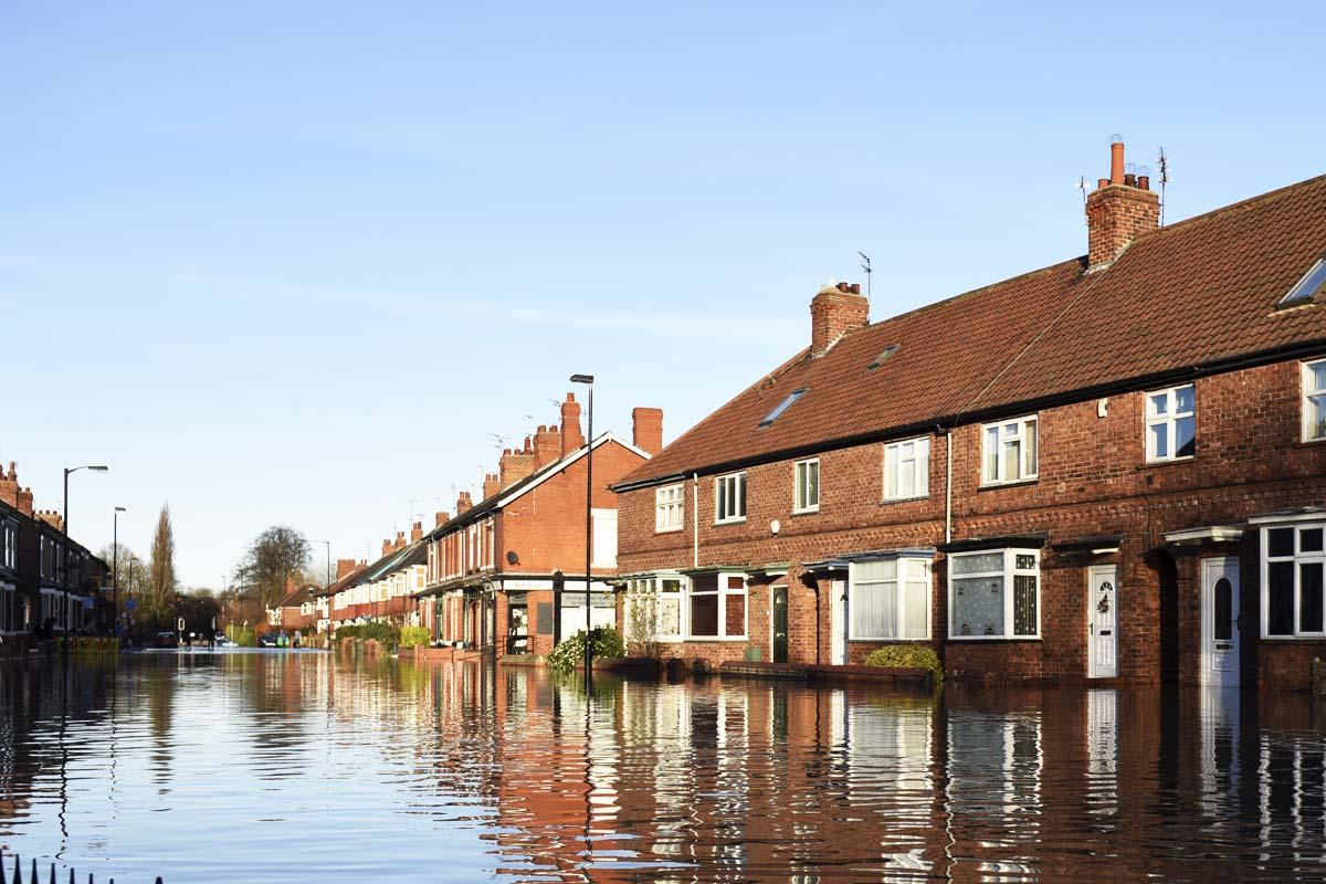 Zona residencial de York donde el cercano río Foss se ha desbordado. (Foto: AFP)