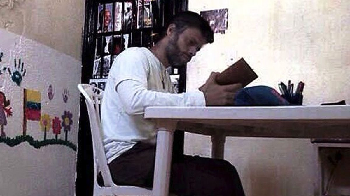 Leopoldo López, en la cárcel militar de Ramo Verde. (Foto: diariodeleopoldolopez.blogspot.com.es)