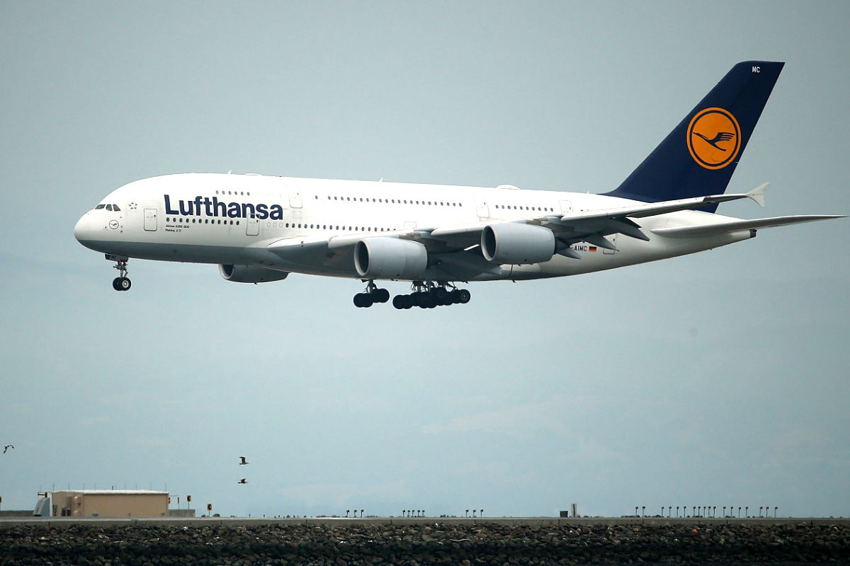 Avión de Lufthansa en pleno vuelo (Foto: AFP).