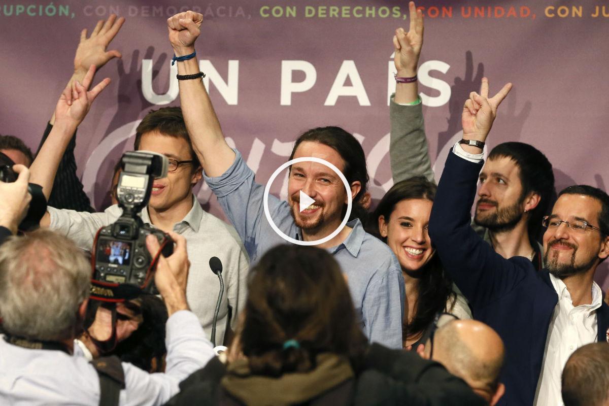 Pablo Iglesias, candidato de Podemos a la Presidencia del Gobierno (c), tras su comparecencia para valorar los resultados electorales. (Foto: EFE)
