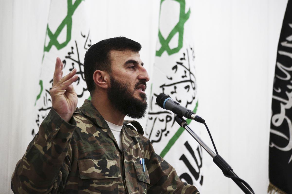 El jefe de la facción rebelde siria Zahram Alloush en una foto de archivo. (Foto: AFP)