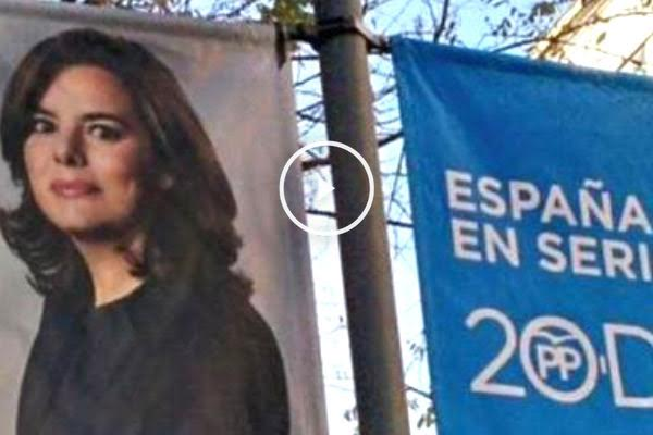 Cartel electoral con la imagen de Soraya Sáenz de Santamaría.