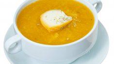 Receta de Sopa de queso y bourbon con crujiente
