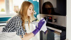 Pasos para limpiar el horno con productos naturales