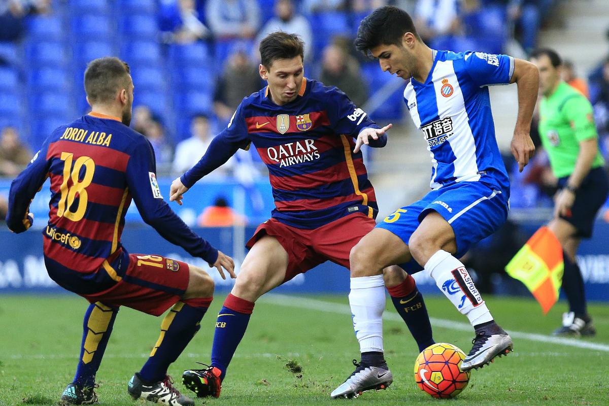 Marco Asensio, defendiendo los colores del Espanyol.