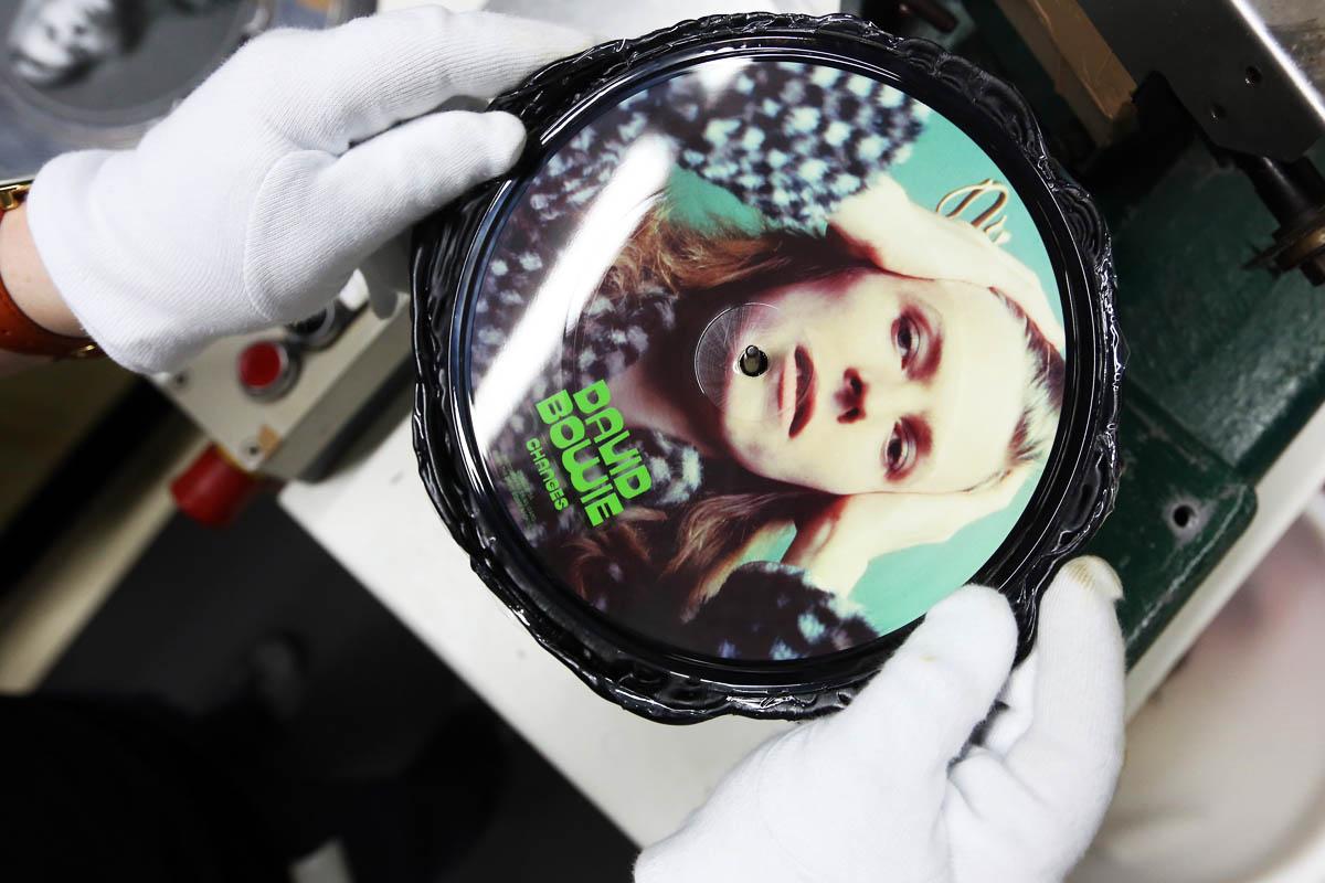 Una pieza de coleccionista con la imagen de David Bowie (Foto: Getty)