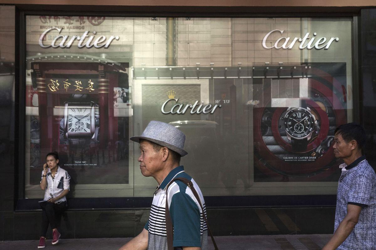 Ciudadanos asiáticos comprando (Foto: GETTY)