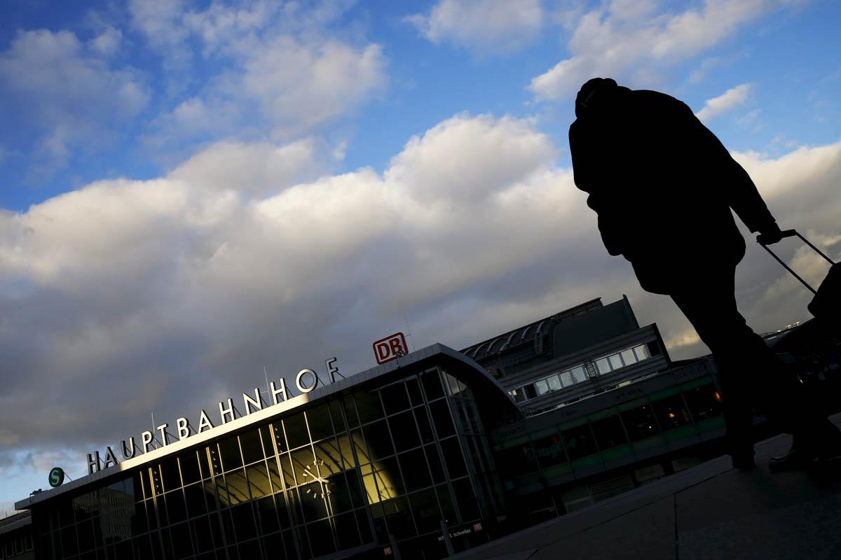 Estación de Colonia donde se registraron masivas agresiones sexuales en la última Nochevieja (Foto: Reuters)