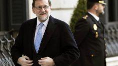 Mariano Rajoy, a su llegada al Congreso (Foto: EFE)