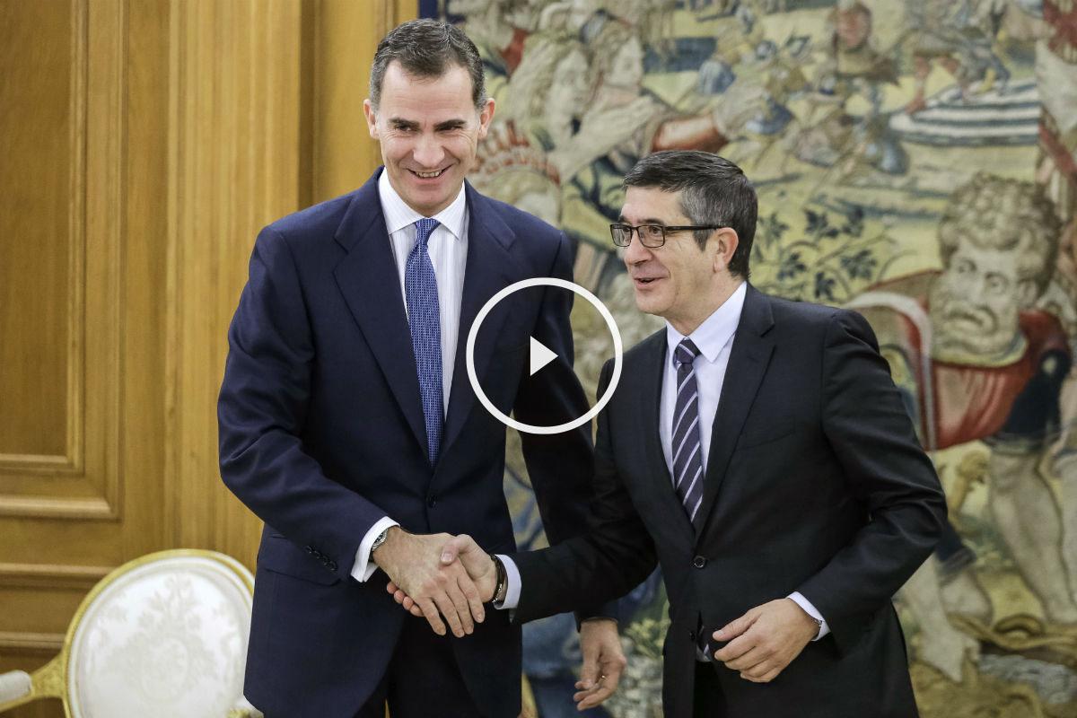 El Rey ha recibido esta mañana en el Palacio de la Zarzuela al presidente del Congreso, Patxi López. (Foto: EFE)
