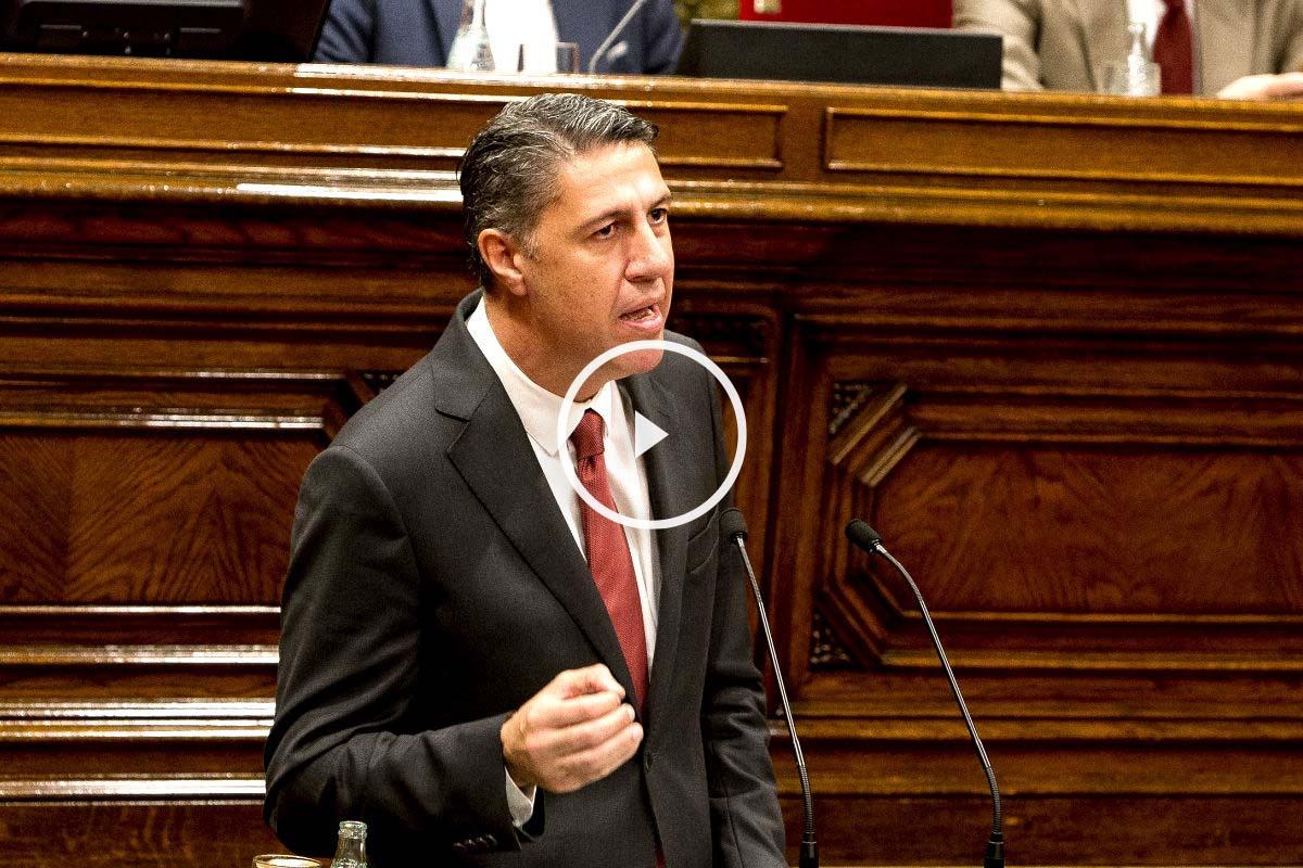 """Albiol: """"Mas pasará a la historia por dividir y humillar a los catalanes"""""""