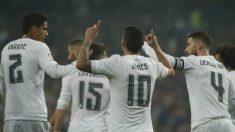 James, uno de los jugadores que ha recuperado Zidane, celebra el tercer tanto. (AFP)