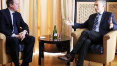 Macri, reunido en Davos con David Cameron (Foto: Reuters)