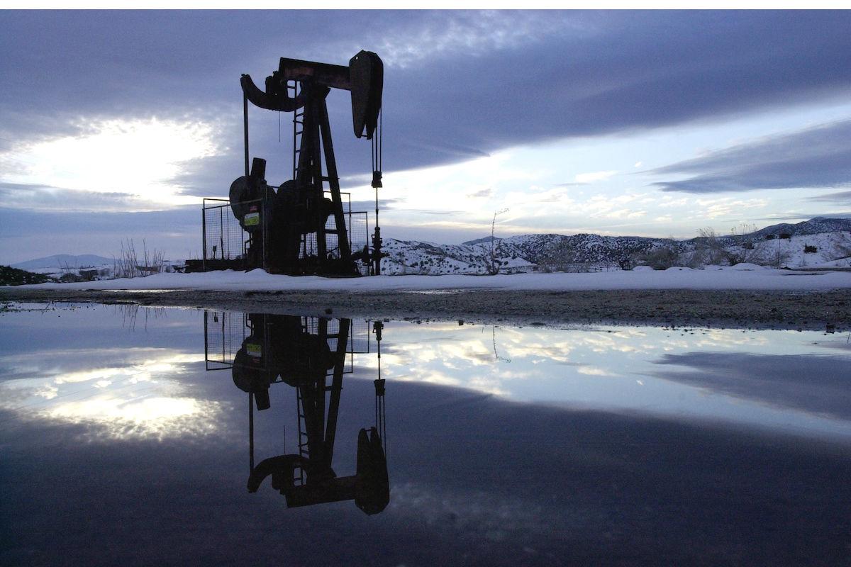 Pozo de petróleo en California (Foto: GETTY)