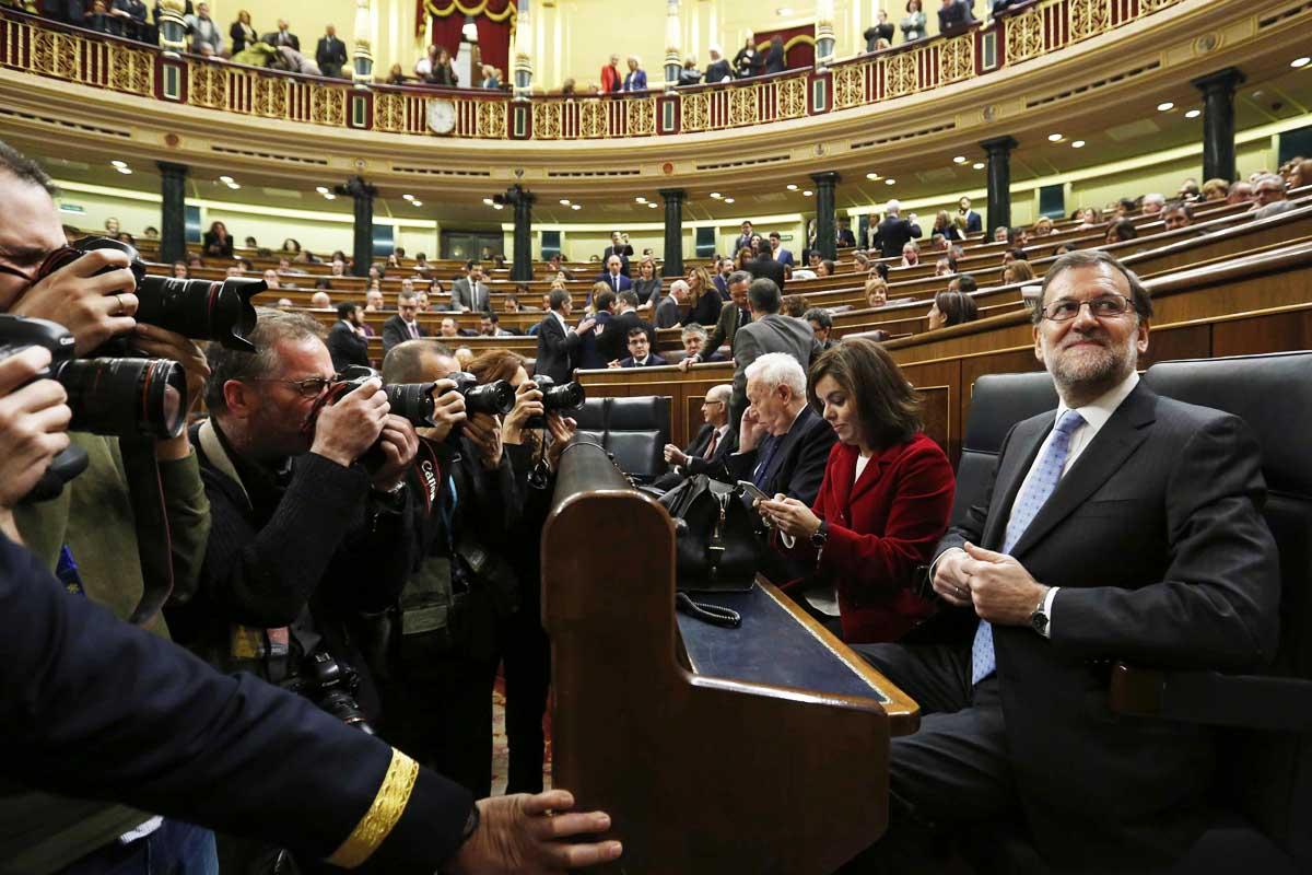 Mariano Rajoy en su escaño en el Congreso (EFE)