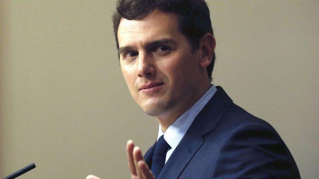 """Rivera arremete contra el 'vicepresidente Iglesias': """"Algunos se van retratando…"""""""