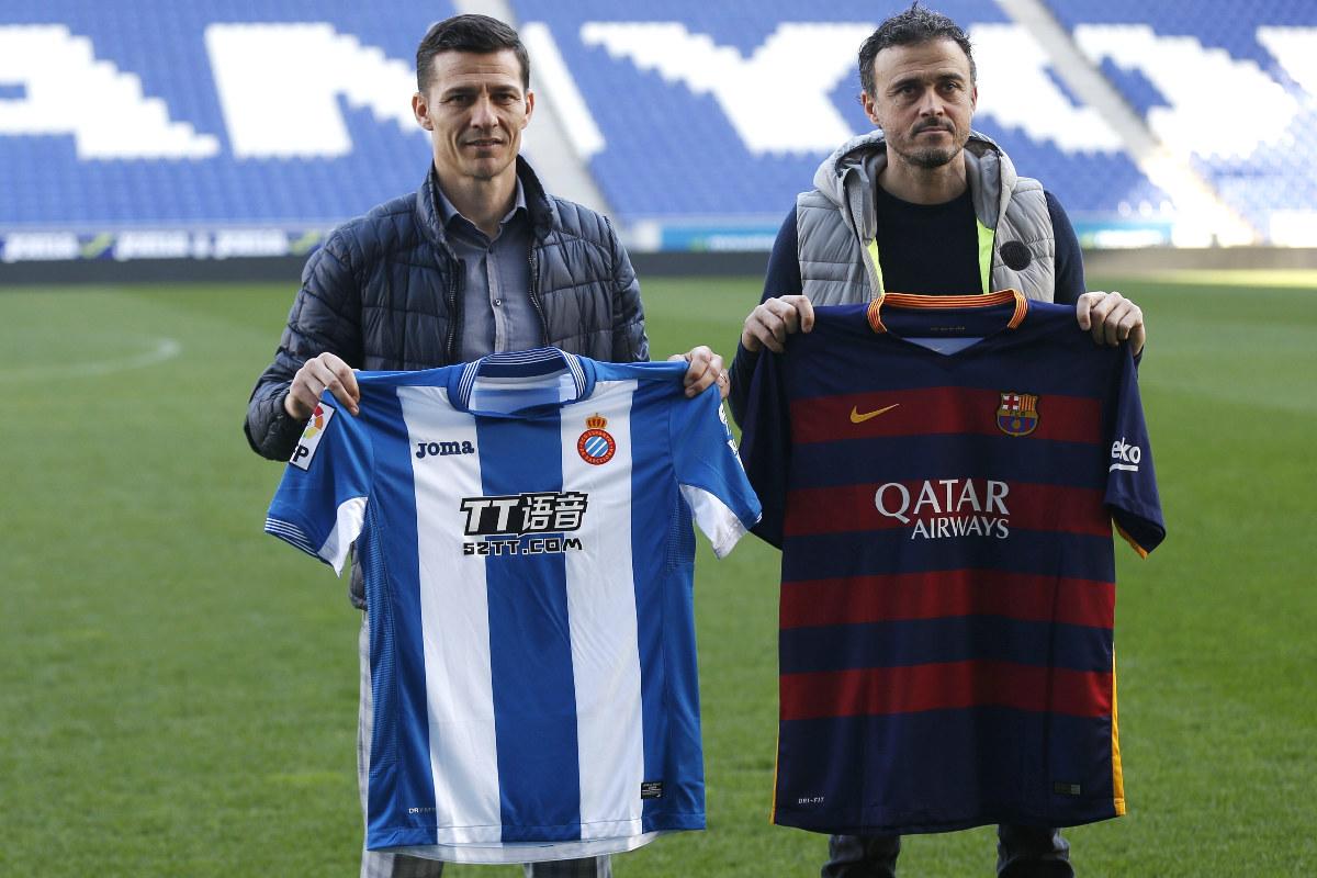 Galca y Luis Enrique posan en Cornellà.