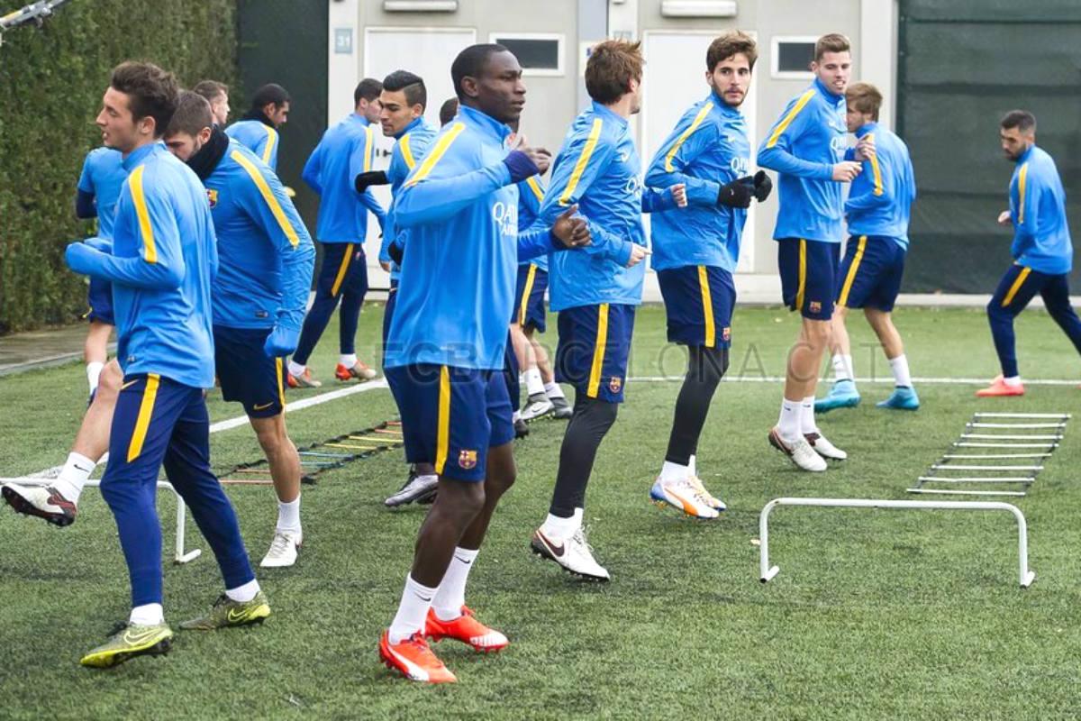 Los jugadores del Barça B en un entrenamiento. (fcbarcelona.com)
