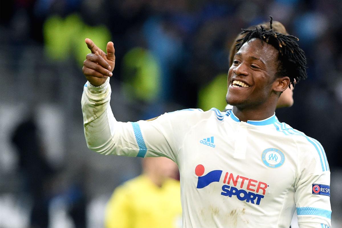 Batshuayi celebra un gol con el Olympique de Marsella. (AFP)