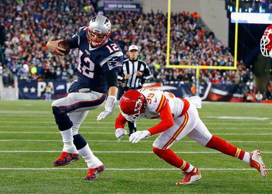 Tom Brady corriendo