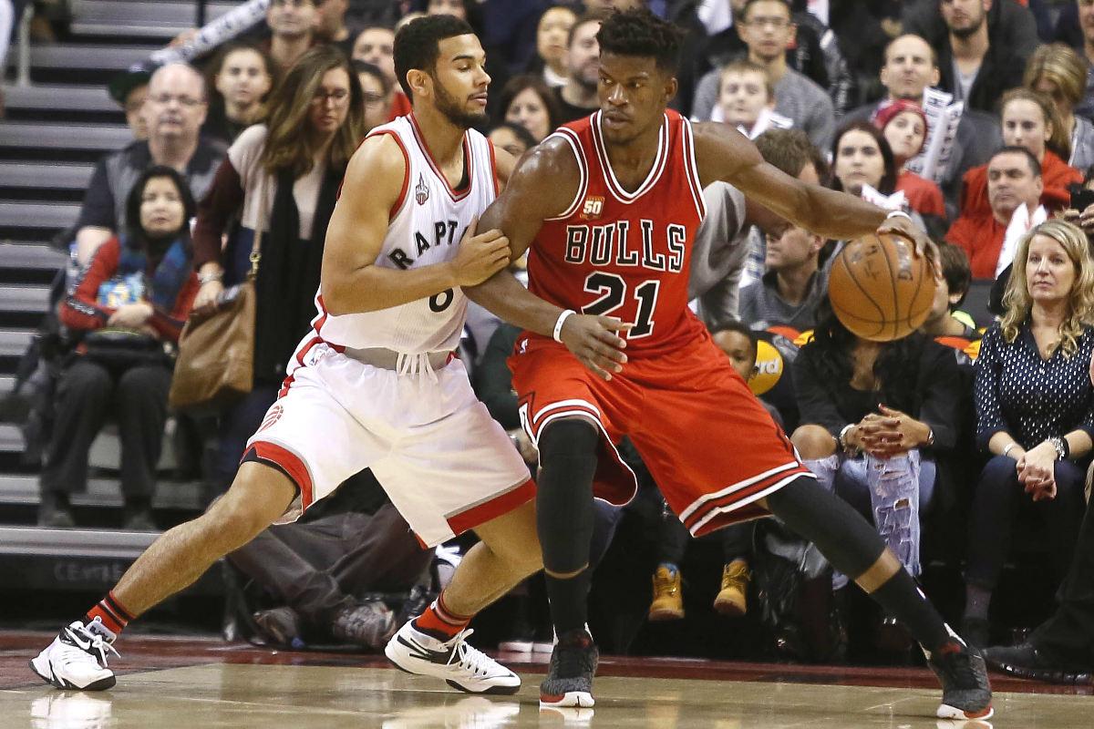 Jimmy Butler batió el récord de puntos tras el descanso de la franquicia que poseía Jordan. (Reuters)